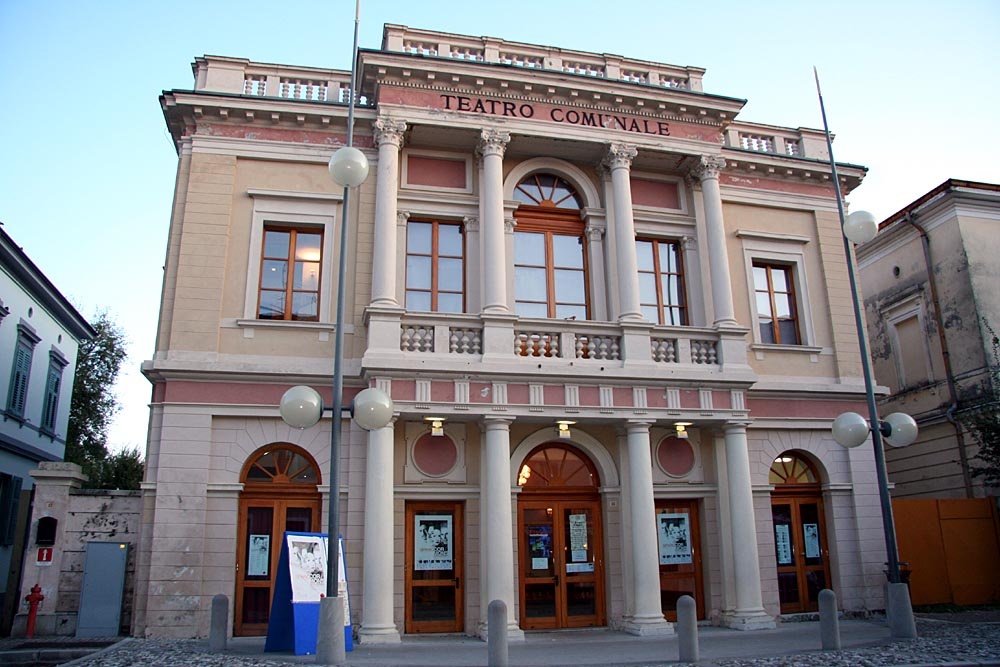 teatro comunale cormons